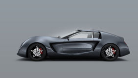 Metallisches graues Sportauto lokalisiert auf grauem Hintergrund Lizenzfreies Stockbild