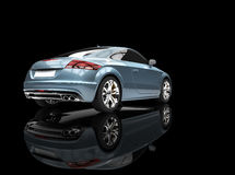 Metallisk blå kraftig bil på svart bakgrund Arkivfoto
