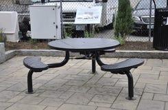 Metallisk terrasstabell från Portsmouth i New Hampshire av USA Arkivfoto