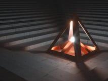 Metalliskt kulturföremål som ut överför ljust ljus Arkivfoto