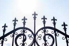 Metalliskt staket för tappning royaltyfria foton