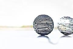 Metallkabelboll som ett utsmyckat objektslut upp royaltyfri bild