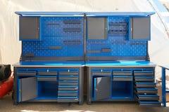 Metallmöbel für Autoservice Stockbild