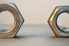 Metallnüsse Makro Lizenzfreies Stockfoto