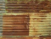 Metallo arrugginito del ferro ondulato Fotografia Stock Libera da Diritti