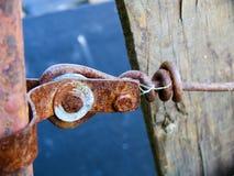 Metallo e legno arrugginiti Fotografia Stock