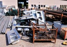 Metallo pronto per riciclare Immagini Stock Libere da Diritti