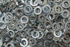 Metallpackningar stänger sig upp fast utgift Arkivfoton