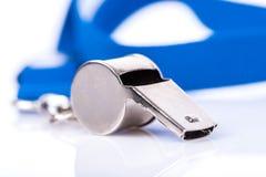 Metallpfeife mit blauer Abzugsleine Stockfotografie
