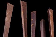 Metallpfosten, auf schwarzem Hintergrund Auszug Stockbild