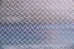 Metallplatte im silbernen Farbhintergrund stockfoto