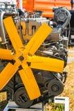 Metallpump, motor, delar för jordbruks- maskineri arkivfoto