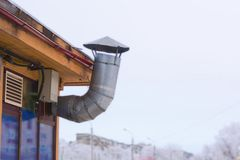 Metallrohr-Zwangsbelüftung lizenzfreies stockbild
