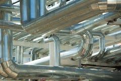 Metallrohre der metallurgischen Anlage Lizenzfreie Stockfotos