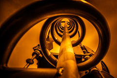 Metallspirale in der Orange Stockbilder