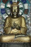 Metallstaty av Buddha Arkivfoto