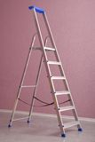 Metallstep-ladder royaltyfri bild