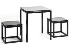 Metalltabelle mit zwei Stühlen Lizenzfreies Stockbild