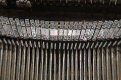 Metallteile für den Druck auf einer alten Schreibmaschine Lizenzfreie Stockfotografie