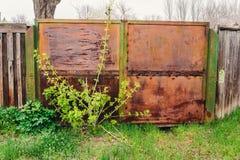 Metalltore Lizenzfreie Stockbilder