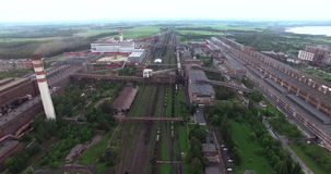 metallurgia Impianto di lavorazione delle ferroleghe video d archivio