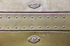 Metallyttersida med rivets Arkivbilder