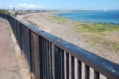 Metallzaun auf der Promenade bei Whitley Bay Lizenzfreies Stockfoto