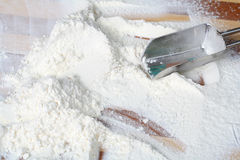 metalowa łyżka mąki Zdjęcia Royalty Free
