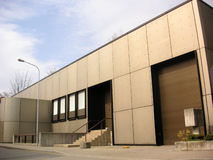 metalowe budynku. obrazy stock