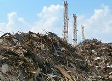 metalowe przemysłowe śmieci, fotografia stock