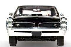 Metalskalaspielzeug-Auto frontview 1966 Pontiac-GTO Stockbild