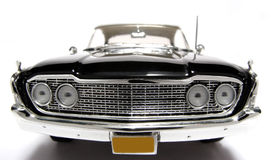 Metalskalaspielzeugauto fisheye frontview 1960 Ford-Starliner Lizenzfreie Stockfotos