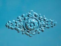 Metalu błękitny ornament na drzwi Zdjęcia Royalty Free