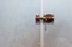 Metalu Drzwiowy Ośniedziały rygiel Obraz Royalty Free