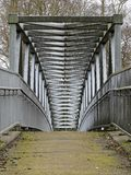 Metalu footbridge nad M25 autostradą, Chorleywood obrazy royalty free