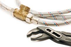 metalu instalaci wodnokanalizacyjnej sheath tubka fotografia stock