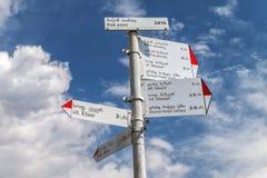 Metalu kierunku znak na Bak przepustce w górach Svaneti Gruzja Obraz Royalty Free