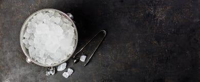 Metalu lodowy wiadro zdjęcia royalty free