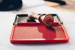 Metalu notariusza społeczeństwa atramentu stemplówka obraz stock