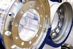 Metalu obręcz dla ciężarówek w sklepie Zdjęcie Stock