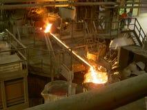 Metalu stopiony spływanie conteiner obraz stock