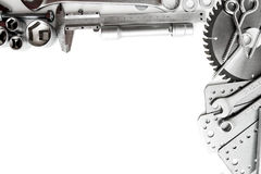 metalwork Linjal, skiftnyckel, skruv och andra hjälpmedel royaltyfri fotografi