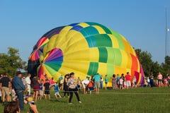METAMORA, ΜΙΤΣΙΓΚΑΝ - 24 ΑΥΓΟΎΣΤΟΥ 2013: Ζεστός αέρας Ballo Στοκ εικόνα με δικαίωμα ελεύθερης χρήσης