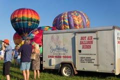 METAMORA, MICHIGAN - 24 DE AGOSTO DE 2013: Aire caliente Ballo Imágenes de archivo libres de regalías
