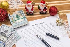 Metas 2018 del Año Nuevo con el calendario, cristmas touy Fotos de archivo libres de regalías