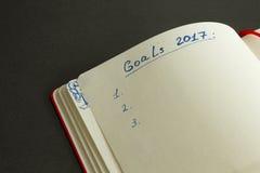 Metas para 2017 escrito en el organizador Imágenes de archivo libres de regalías