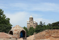 Metekhi-Kirche in Tiflis, Georgia stockfotografie