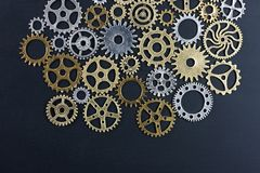 metelic齿轮抽象背景在黑背景的 免版税库存照片