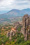 Meteora vaggar och kloster i Grekland royaltyfria foton