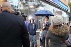 Meteoroloog Jeff die Smith Zandige Orkaan meldt Royalty-vrije Stock Foto